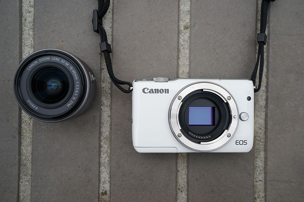 Canon ESO M10