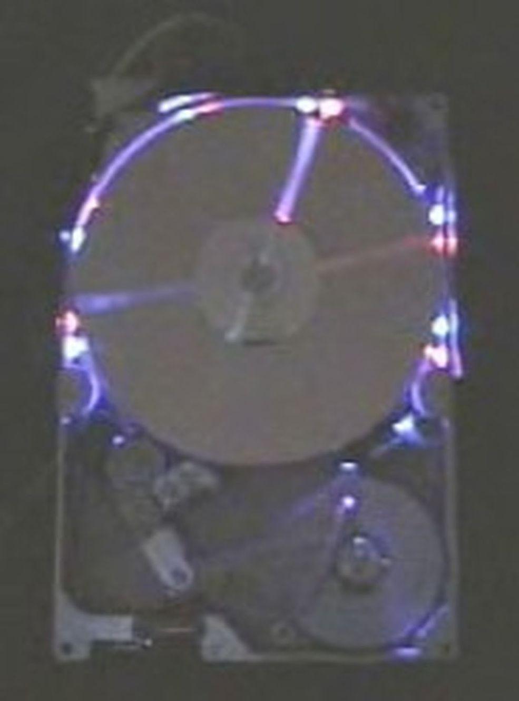 Hard Drive Clock (Alan Parekh)