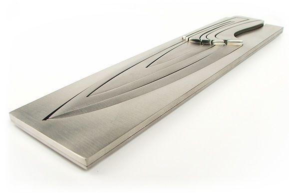 Minimalistyczne noże od Mii Schmallenbach