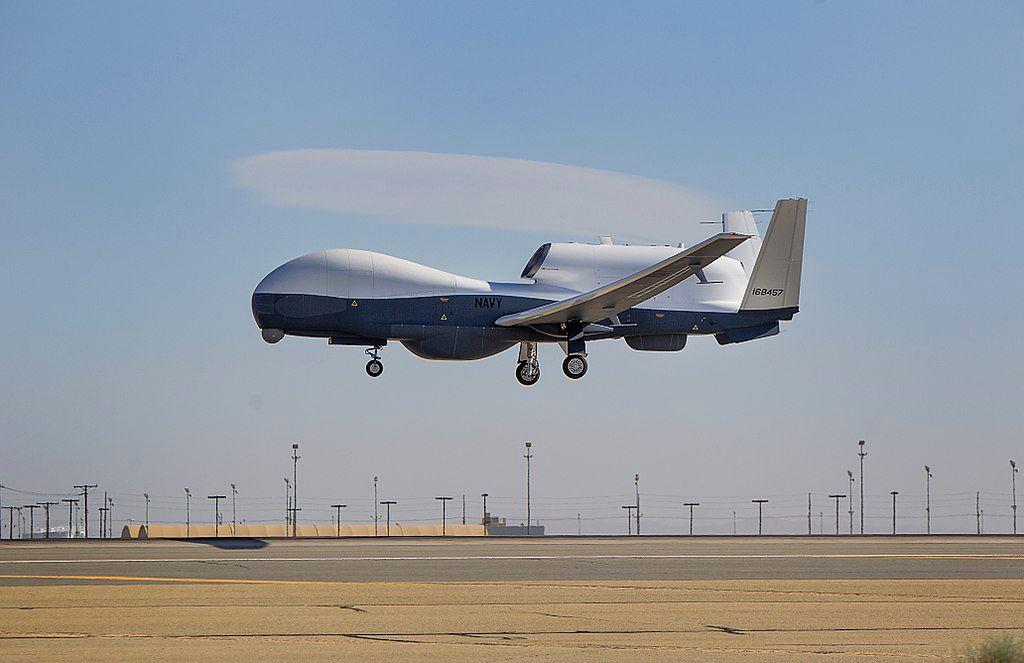 Triton - autonomiczny dron zwiadowczy testowany przez amerykańską marynarkę