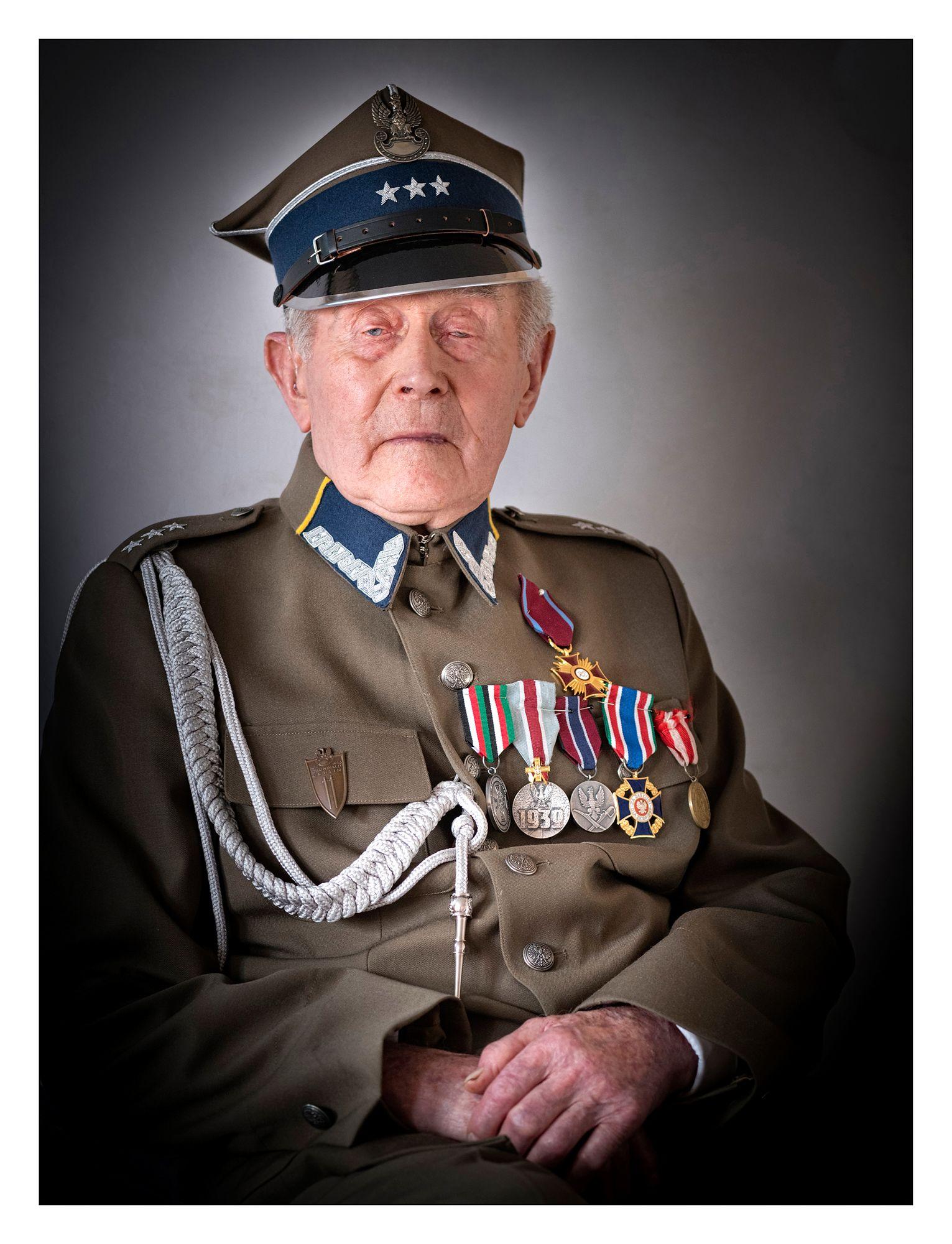 JÓZEF CABAN (103 LATA) – Pałówko k. Słupska (woj. zachodniopomorskie), ppor. Wojska Polskiego, ostatni żyjący uczestnik bitwy pod Mławą.