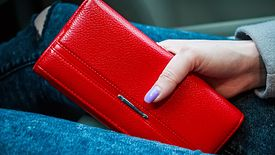 849e56299351b Skórzane portfele w promocji. Markowe modele na prezent w atrakcyjnej cenie