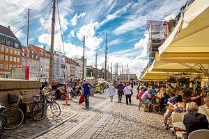 W 1443 r. Duńczycy przenieśli stolicę do Kopenhagi. Z którego miasta?