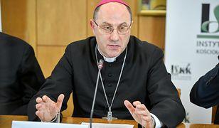 Kościół chce stworzyć fundusz pomocy dla osób molestowanych przez księży