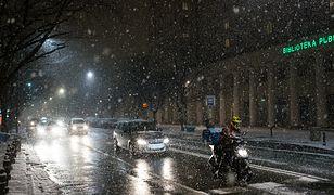 Trudne warunki pogodowe w ośmiu województwach. Ostrzeżenia GDDKiA i IMGW