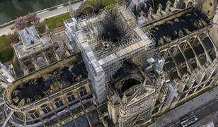 Notre Dame: obraz zniszczeń z lotu ptaka. Nowe informacje o uratowanych zbiorach
