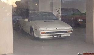 Maltański salon Subaru, w którym zatrzymał się czas. 30-letnie auta czekają na klientów