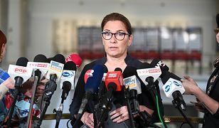 Beata Mazurek odpowiedziała na pytania o aferę KNF. Padło nazwisko Donalda Tuska