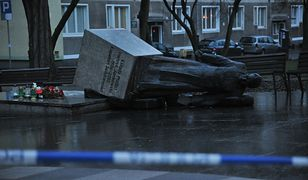 Pomnik ks. Jankowskiego obalony. Zatrzymano trzech mężczyzn z Warszawy