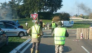 Kolejny dzień protestów we Francji. Mieszkańcy domagają się dymisji Macrona