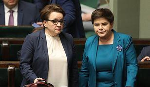 Sondaż. Polacy za podwyższeniem pensum i płac nauczycieli