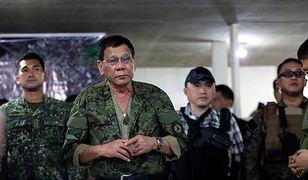 Filipiny: Prezydent Rodrigo Duterte oferuje nagrody za zabicie komunistów.
