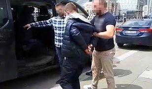 Fałszywy policjant zatrzymany. Wyłudził 200 tys. złotych
