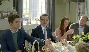 Wielkanocne życzenia od premiera Mateusza Morawieckiego. Z piątką w tle