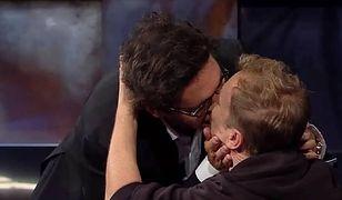 Kuba Wojewódzki całuje się z aktorem. Opublikował zdjęcie na Instagramie