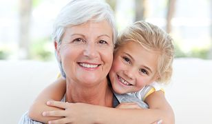 Życzenia na Dzień Babci 2019 – propozycje życzeń i wierszyków na Dzień Babci
