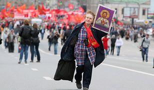 Stalin wiecznie żywy - i coraz bardziej lubiany. Zły znak dla Putina?