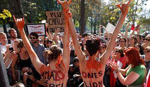 Pożary Amazonii. Protest przed ambasadą Brazylii w Paryżu