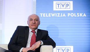Z dnia na dzień w TVP zastąpił go Jacek Kurski. Janusz Daszczyński walczy o odszkodowanie