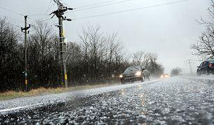 Arktyczne powietrze spływa do Polski. Oblodzenie i marznący deszcz
