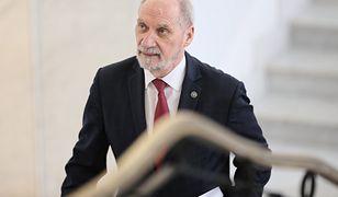 Macierewicz przekroczył uprawnienia jako szef MON? Jest śledztwo prokuratury