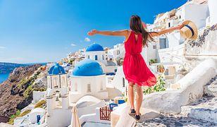 Startują loty czarterowe do Grecji. Skąd, gdzie i za ile polecimy z biurem podróży?