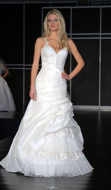 db7e395ce7 Suknia ślubna na ramiączkach. Wybierz swój model.