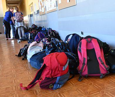 ea09681e61343 Plecaki bez książek i tak były za ciężkie. Znamy wyniki akcji