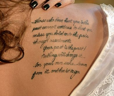 Wzory Tatuaży Napisy Najnowsze Informacje Wp Kobieta