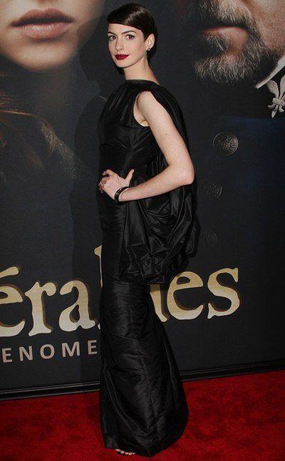 2f3be82fb3ed6 Anne Hathaway: buty jak z sex-shopu - WP Kobieta