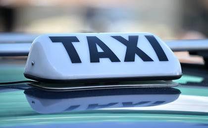 Znalezione obrazy dla zapytania taksówka 500+