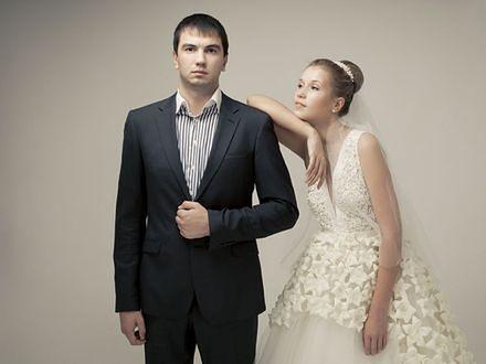 22187d8123 Jak wybrać garnitur dla pana młodego  - WP Kobieta