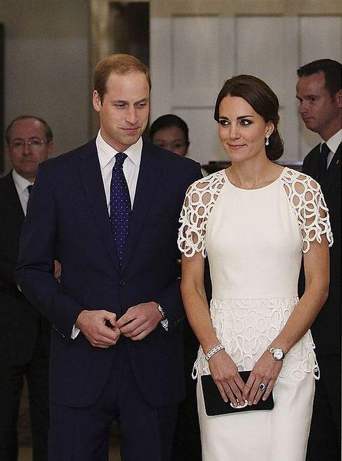 4e95e6d72d Księżna Kate w białej sukience - WP Kobieta
