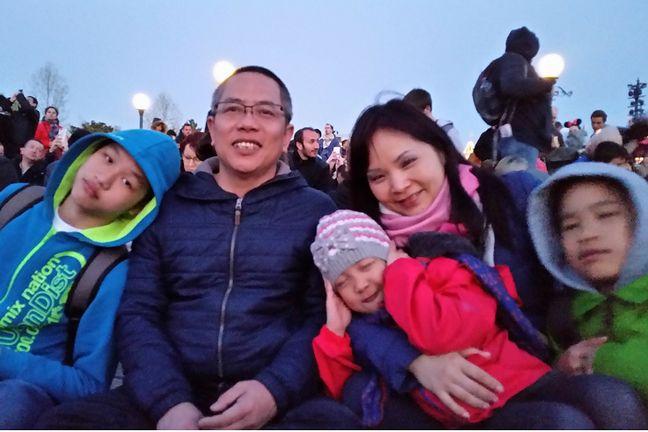 Hoai Nam Trinh z rodziną