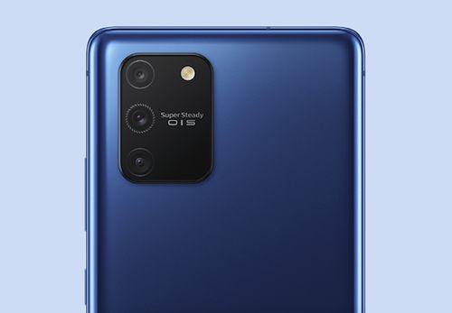 Samsung Galaxy S10 Lite oficjalnie. Nowa S-ka z rewolucyjną stabilizacją