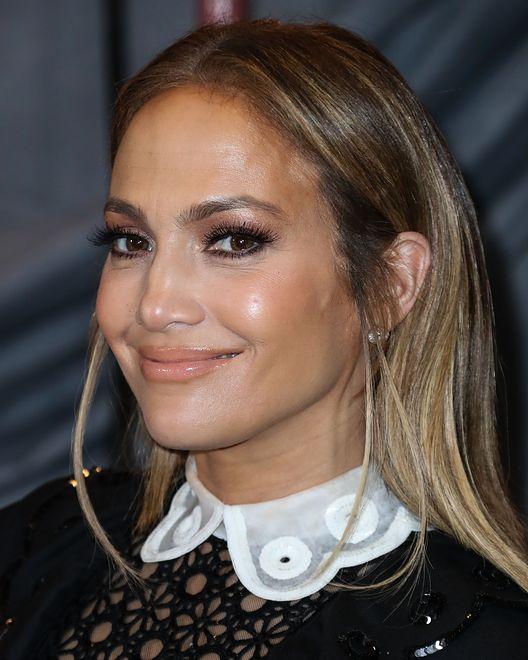 Jennifer Lopez Zmieniła Fryzurę ścięła I Przefarbowała