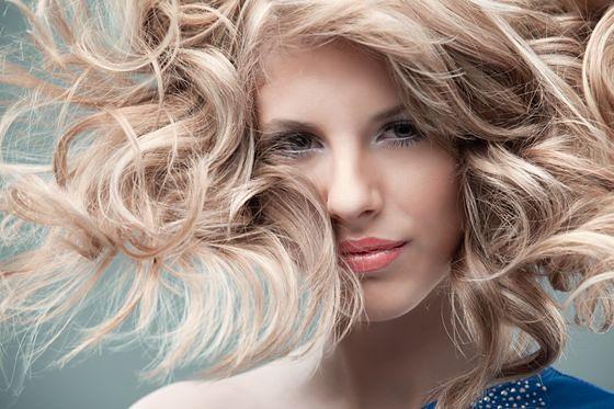 Puder Do Włosów Czyli Jak Nadać Objętość Fryzurze Wp Kobieta