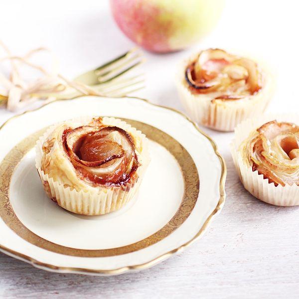 Jablkowe Roze Z Ciasta Francuskiego Szybki Deser Z Sezonowymi