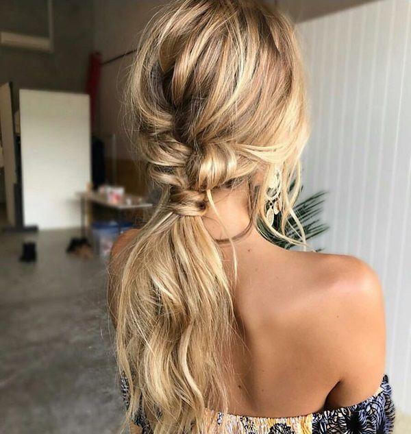 8fdcc3a9e5 Modne upięcia na wesele - jak stworzyć efektowną fryzurę  - WP Kobieta