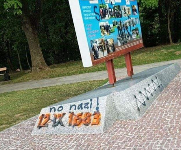 Vandals in Vienna deface new monument to Polish King who broke Turkish siege Sobieski