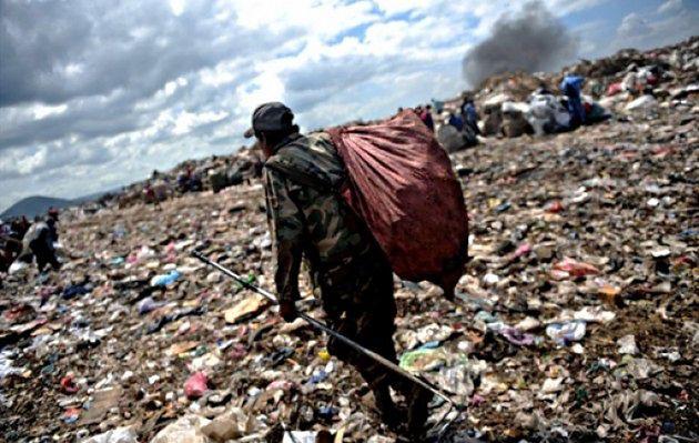 Znalezione obrazy dla zapytania irak śmieci