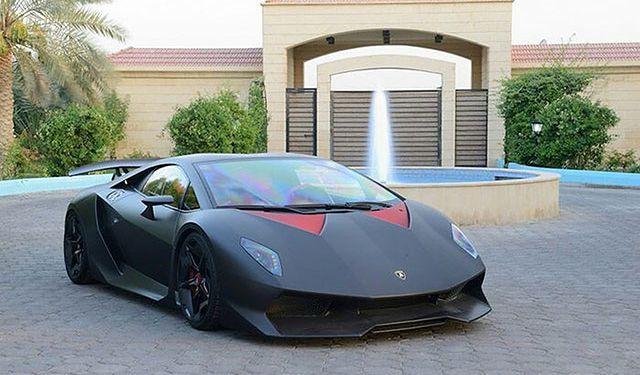 Lekko Uzywane W Dobrej Cenie Lamborghini Sesto Elemento Wp Moto