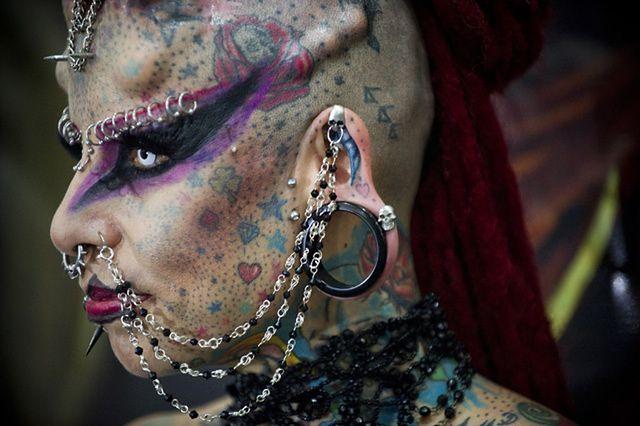 https://i.wpimg.pl/O/640x426/i.wp.pl/a/f/jpeg/28426/tatuaz_twarz_wenezuela_afp_600_2.jpeg