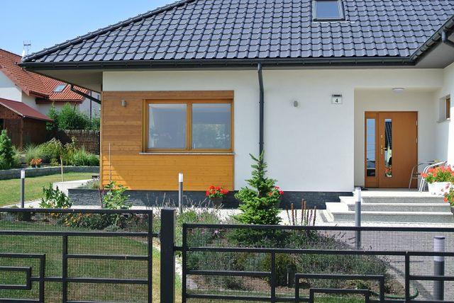 Ogromny Domy z drewnem w roli głównej - Drewniana elewacja domu. Ciekawe FF84