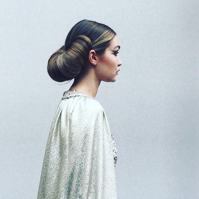 Włosy Jak Rogale I Kreski Kleopatry Czyli Pokaz Chanel Haute