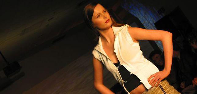 Portfolio modelki nago