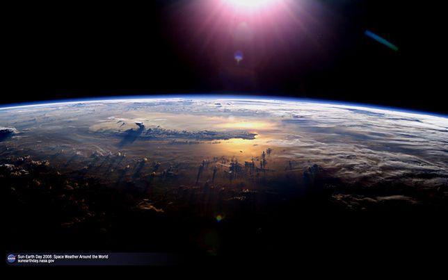 Ziemia widziana z kosmosu online dating