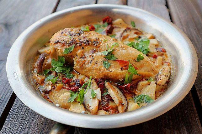 Kurczak W Sosie Grzybowym Z Suszonymi Pomidorami Prosty
