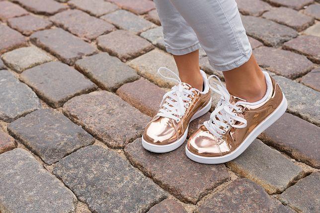 Wygodne obuwie damskie na wiosnę Kobieta