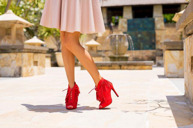 2f96403ad765e Czerwone buty – klasyk, który ożywi nudną stylizację - WP Kobieta